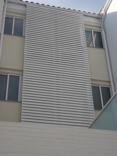 K rpintal ventanas y puertas de aluminio celosias - Celosias para ventanas ...